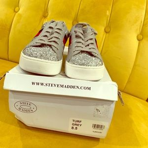 NWB Steve Madden Casual Sneakers